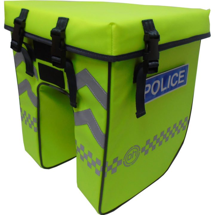 Pannier with badge